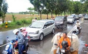 Arus lalu lintas mulai normal seiring banjir sudah surut.