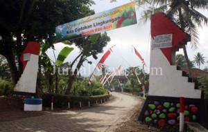 Pintu gerbang menuju Dusun Krajan Desa Purwodadi. (Ron/JN)