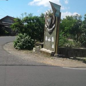 Foto: tugu Garuda Pancasila yang sebelumnya ditutupi banner sekarang sudah dilepas.