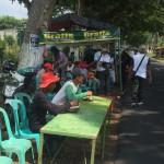 Foto: warung gratis di bulak jalan raya Purwoharjo