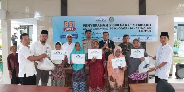 PT.BSI Bagikan 2.000 Paket Sembako Kepada Warga Sekitar Tambang