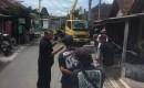 Tiang Listrik Dipindah, Setelah Di Protes Warga Benculuk