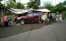 Warung Kopi Hancur Lantaran Diseruduk Mobil Pajero