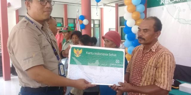 PT Bumi Suksesindo Memberi Bantuan Berupa Membayarkan BPJS Warga Selama Satu Tahun