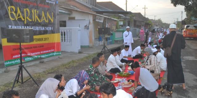 'Barikan' Tradisi Ngalap Berkah Warga Lemahbang Kulon