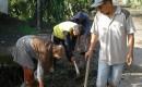Warga Desa Kaliploso Guyup Gotong – Royong Peringati Hari Sampah