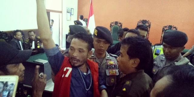 Diputus 4 Bulan, Aktivis Kontroversial Yunus Wahyudi Akan Banding