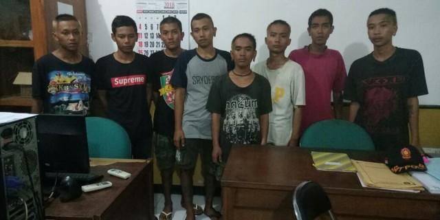 Diketahui Memalak, Delapan Pemuda Yang Mengaku Komunitas Vespa Club Di Ringkus Satpol PP Banyuwangi