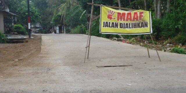 Jalan Rusak Depan Kecamatan Tegalsari Akhirnya Di Beton