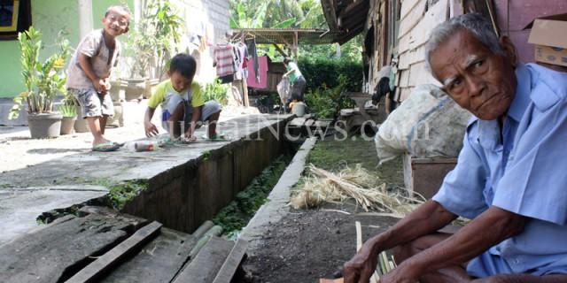 Para Manula Berdaya di Kampung Eksodus Desa Kebondalem